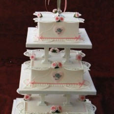 Delicate Piped Lace Collar Royal Iced Wedding Cake & Sugar Rose Buds