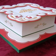 Colourful Collar Royal Iced Christmas Cake