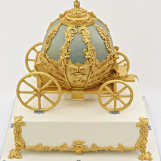 Cinderella Carriage Wedding Cake