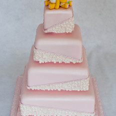 Pearl Blossoms Wedding Cake