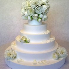 Duchess de Namour Sugar Peony Wedding Cake