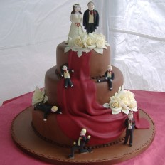 Chocolate roses & all the family wedding cake