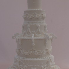 Lambeth Style Royal Iced Wedding Cake