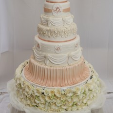 Luxury 8 Tier Pear,Swags & Drapes Wedding Cake with Artificial Cream Roses