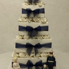 Box & bows wedding cake