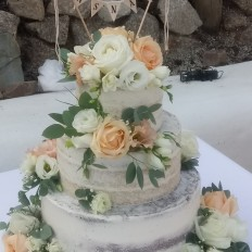 Semi Naked Weding Cake with Pretty Fresh Flowers