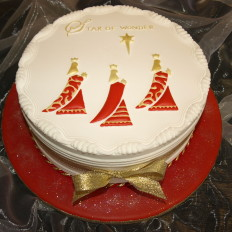 Three Kings Traditional Royal Iced Christmas Cake