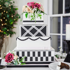 Art Deco Wedding Cake & Silk Flowers
