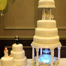 waterfall wedding cake